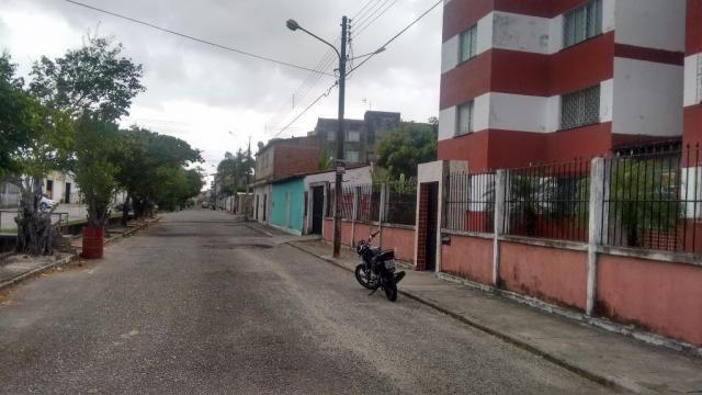 Excelente Apartamento residencial para locação, Dezoito do Forte, c/ 2/4, banheiro com box