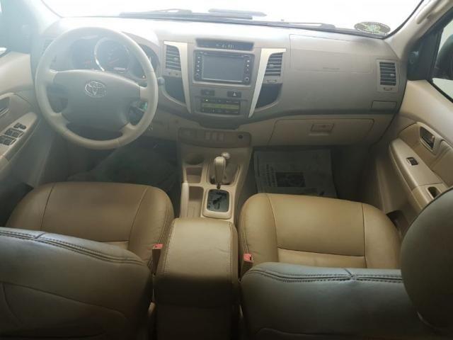 Toyota Hilux Sw4 SRV AUT. 4X4 - 05 LUG. 4P - Foto 7