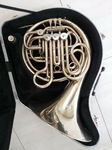 Trompa Yamaha 668n