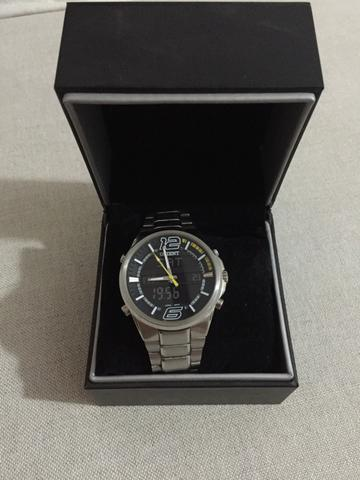 b75b1ca6e81 Relógio Oriente NOVINHO - Bijouterias