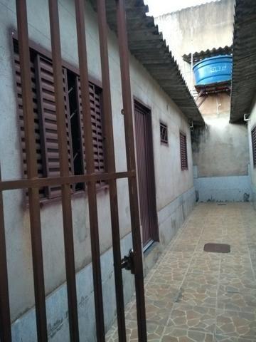 Vendo 4 kitnetes no Arapoangas Vila Dimas Atrás do Super Maia - Foto 3