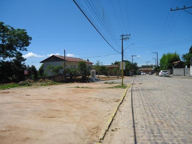 Lote de esquina e escriturado próximo ao Centro de Jaguaruna
