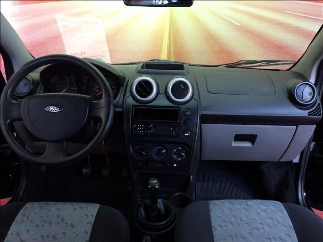 Ford Fiesta 1.0 Mpi Hatch 8v - Foto 9