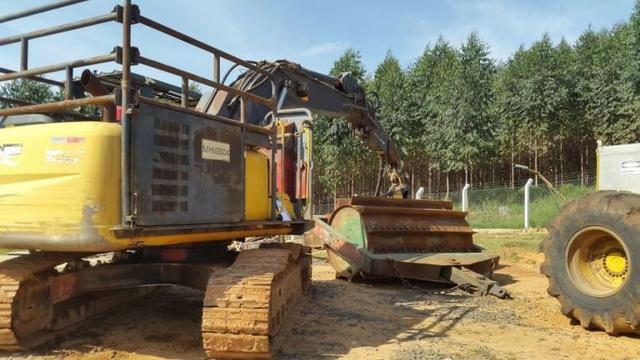 Escavadeira Florestal John Deere 200D Ano 2013 - #3919 - Foto 5