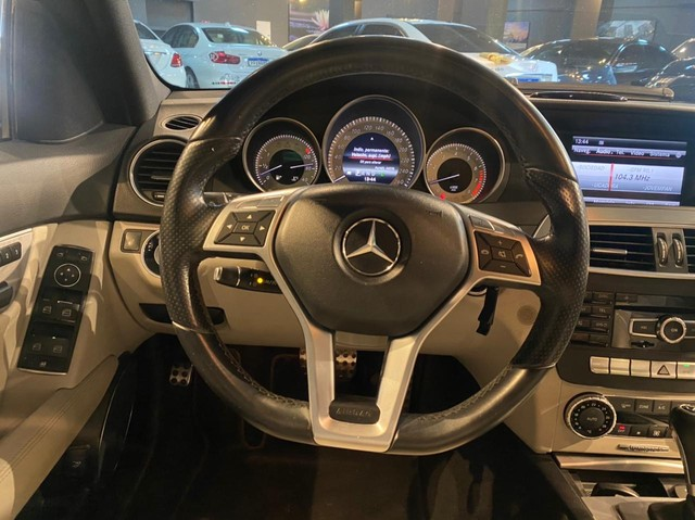 Mercedes-Benz C250 CGI SPORT 1.8 16V TB Automático 2013/2013 configuração Linda  - Foto 5