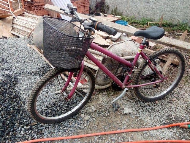 Vendo duas bicicletas em perfeito estado - Foto 4