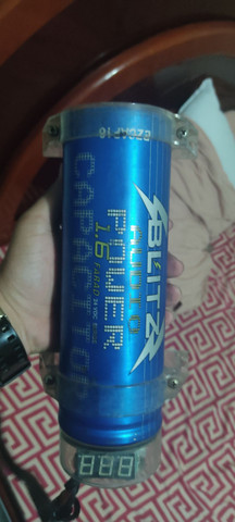 Mega capacitor blitz 1.6 farad som automotivo