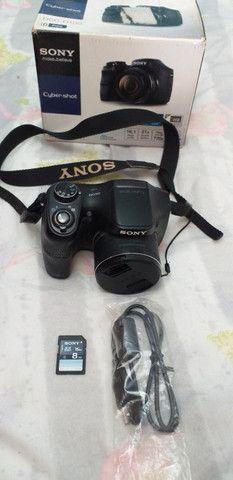 Máquina fotográfica profissional Sony