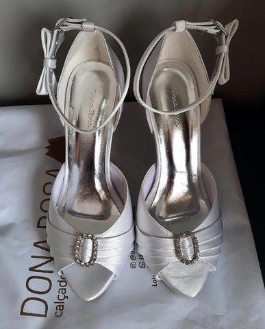 Sandália de Noiva Dona Rosa Número 37 - Foto 3