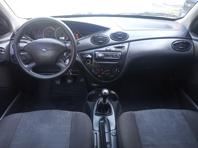 Ford Focus 2009 Hatch Gl 1.6 8v flex+completíssimo+revisado+novíssimo!!! - Foto 9
