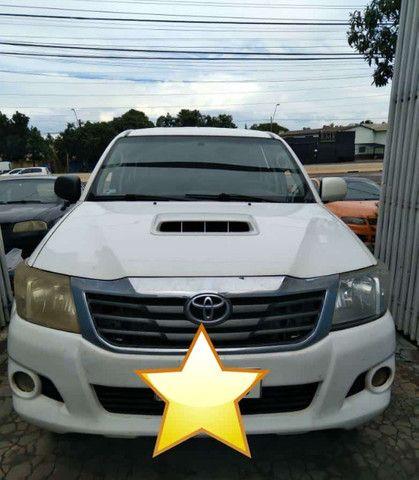 Toyota Hilux 2013 Branca apenas R$ 89.999 a vista ou R$ 91.999$ pego seu carro na troca - Foto 4