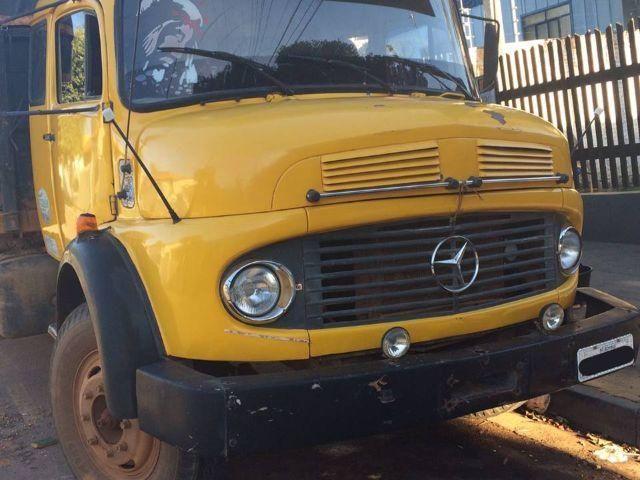 Caminhão Mercedes Benz 1113 - ANO 1977