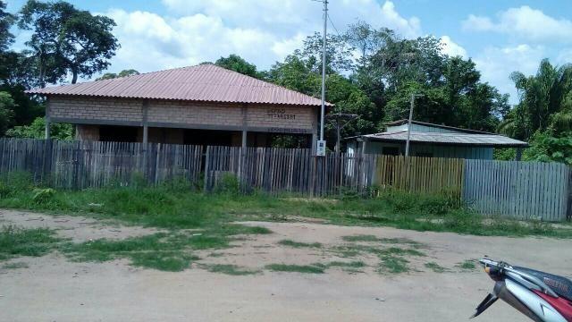Duas casa em Brasil Novo