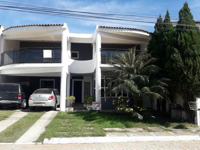 Excelente Casa em Condomínio Fechado