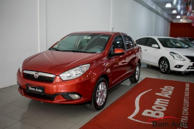 Fiat Grand Siena 1.6 Essence I-motion 2013