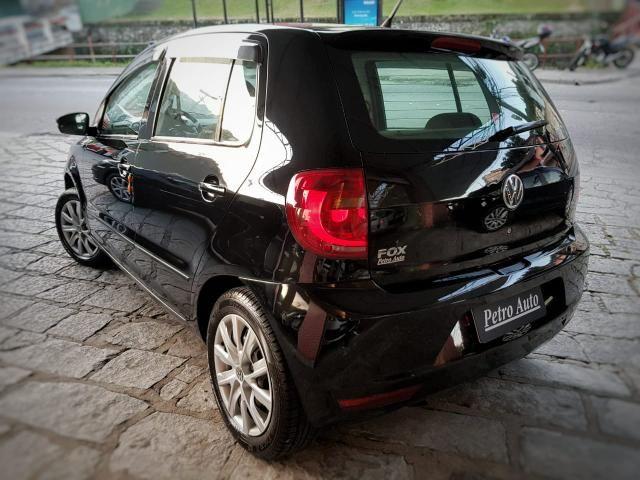 VW / Fox Trend 1.0 8v Total Flex / 4 portas / Completo - Pouco rodado Petrópolis/RJ - Foto 2