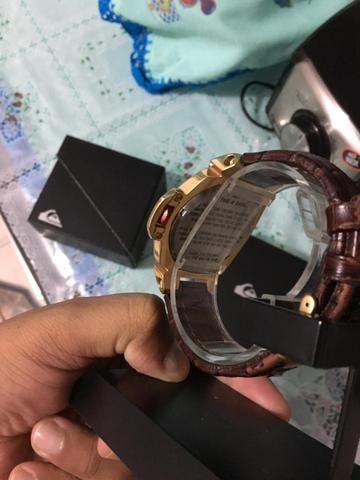 a10bed7cb09c6 Quero só relógio Oakley relógio quicksilver foxhound completo na caixa  série gold