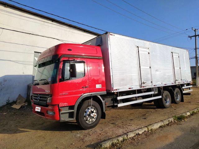 MB 2425 2011/2012 Leito Teto alto