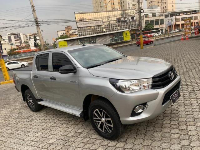 Toyota Hilux Cabine Dupla Hilux 2.8 TDI STD CD 4x4 - Foto 3