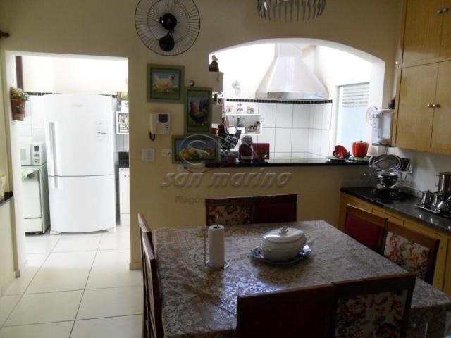 Casa à venda com 4 dormitórios em Centro, Jaboticabal cod:V3843 - Foto 16