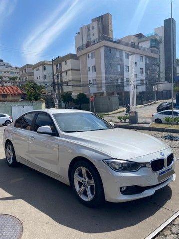 BMW 320i apenas 65.000 km branco pérola 2014 - Foto 4