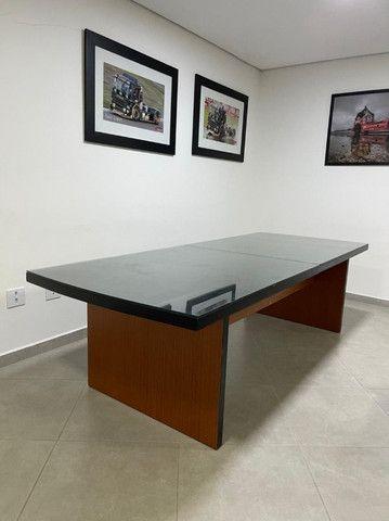 Mesa de reunião/jantar com vidro - Foto 4