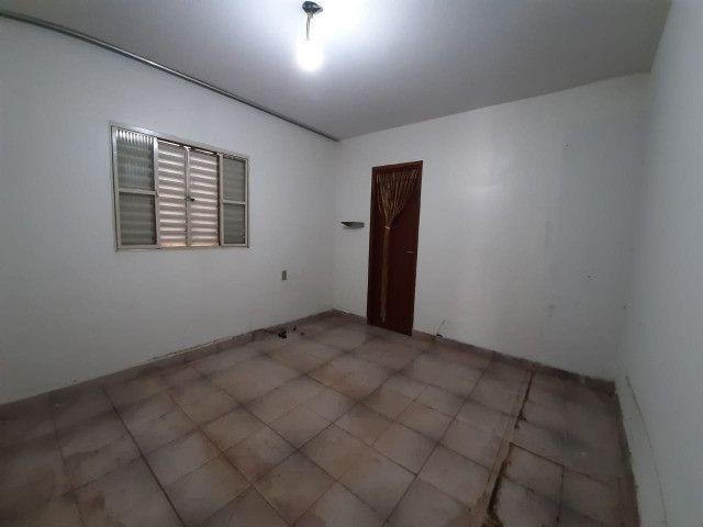 Casa no bairro Planalto - 240m² de área total - Foto 3