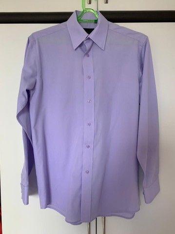 03 (três) camisas sociais de marca ( novas)