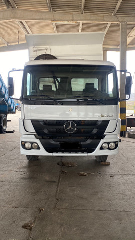 Mercedes 1719 toco 2014 chassis