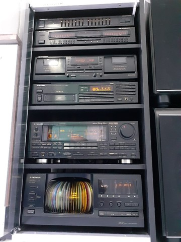 Som Pioneer (Receiver, Equalizador, CD Changer, Tape Deck, Rack)