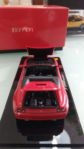Miniatura Ferrari F355 Spyder Kyosho (1:43) - Foto 4