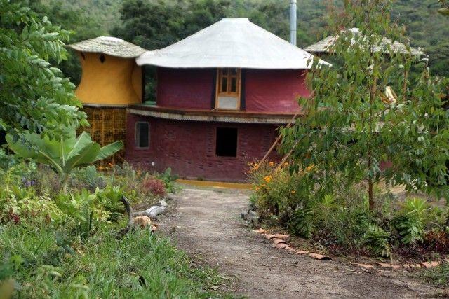 Vendo Casa lindíssima em terreno de 14.695m2 no vale do capão - Foto 2