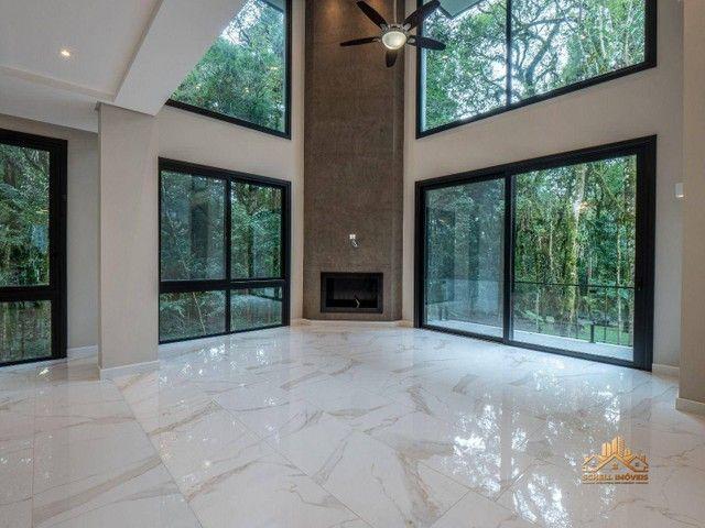 SCHELL IMÓVEIS vende, casa com 3 dormitórios (sendo 2 suítes), 348m² por R$ 3.300.000 - Ma - Foto 2