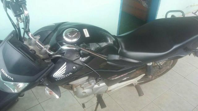 Moto fan 150 venda ou troca