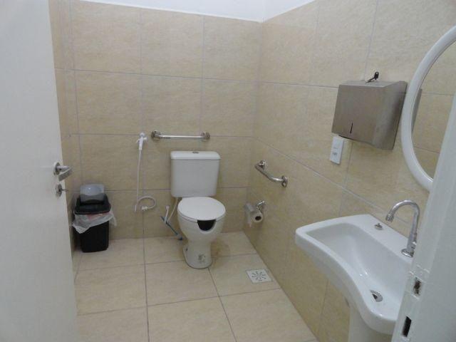 CA0073 - Casa Comercial (CLÍNICA), 2 Recepção, 5 consultórios, 20 vagas, Fortaleza. - Foto 18
