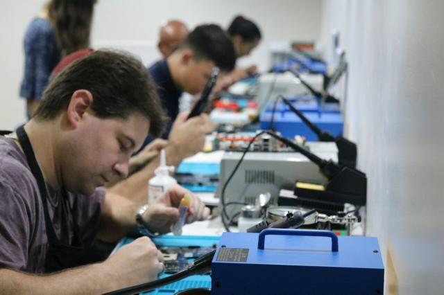 Curso em manutenção de celulares e tablets - Foto 2