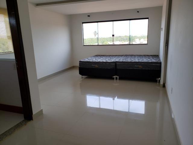 Samuel Pereira oferece: Mansão Moderna Vicente Pires 3 Piscinas 5 Suites Churrasqueira - Foto 19