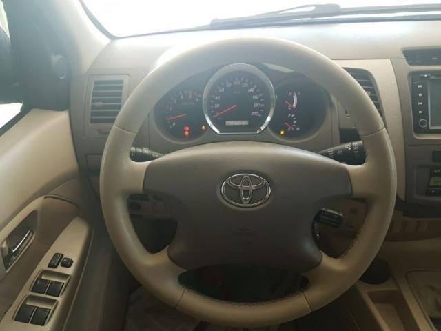 Toyota Hilux Sw4 SRV AUT. 4X4 - 05 LUG. 4P - Foto 9