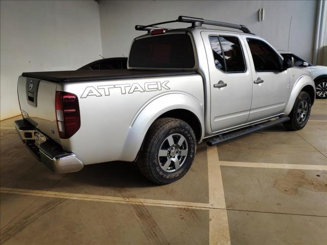NISSAN FRONTIER 2.5 SV ATTACK 4X2 CD TURBO ELETRONIC DIESEL 4P MANUAL - Foto 4