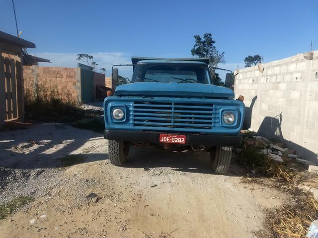 Vendo ou troco caçamba Ford f 11000