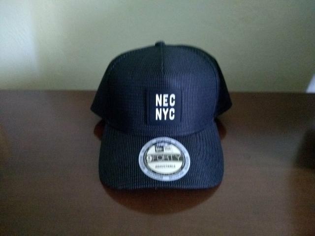 Bone new era caps NY - refletivo ao flash - sem troca - Bijouterias ... 47df3e19759