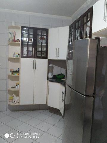Sobrado centro de São Vicente 03 dormitórios Ac. troca por apartamento na Praia - Foto 17