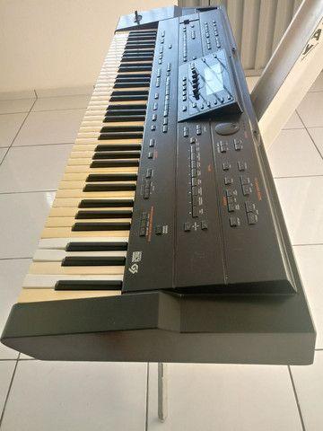 Vendo um teclado arranjador roland g 800  - Foto 3