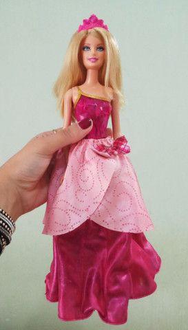 Boneca Barbie Blair Escola de princesas - Foto 3