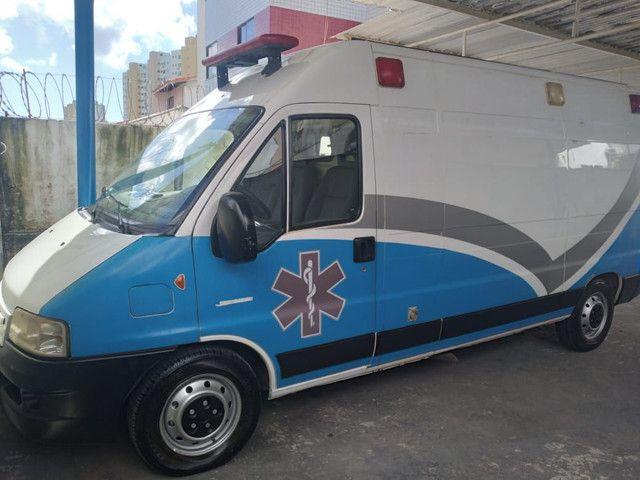 Ambulância tipo UTI - Foto 2