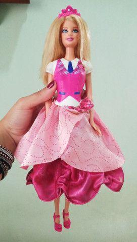 Boneca Barbie Blair Escola de princesas - Foto 4