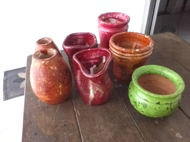 Vendo vasinhos decorativos