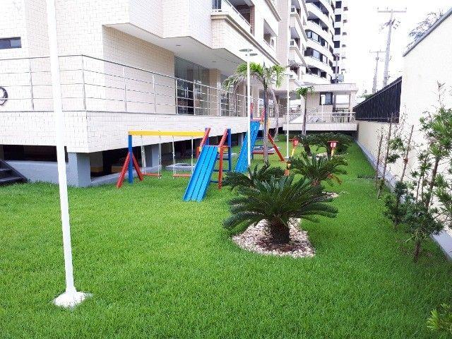 Cond. Dellamare - 3 suítes 110 m² na Ponta do Farol (nascente e ventilado com vista mar) - Foto 7