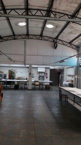 Salão Comercial 450 m²  - alugo - direto com o proprietário com 6 meses grátis  - Foto 3