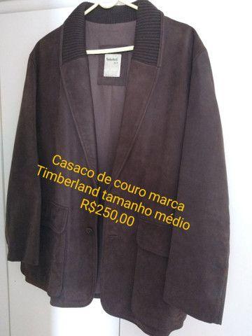 Casaco de couro tamanho médio marca Timberland